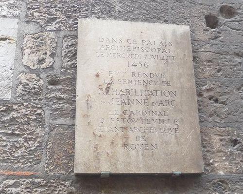 http://serveur2.archive-host.com/membres/images/1336321151/balades/Rouen/r8.jpg