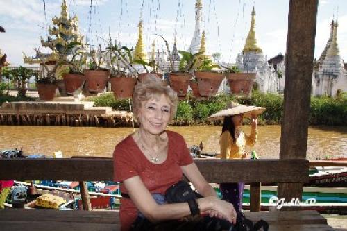 Nous voici rentrés de Birmanie...
